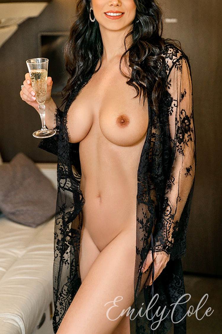 London Escort Emily Cole